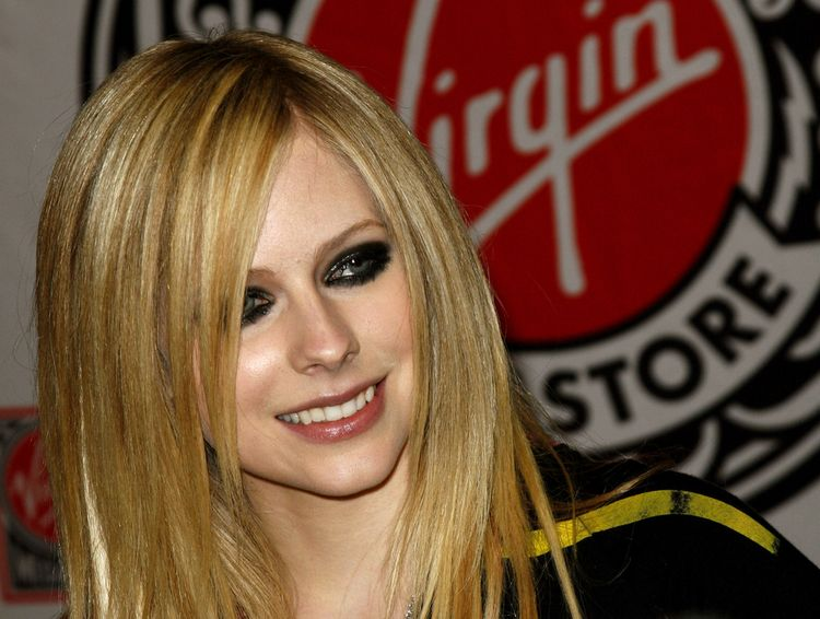 Photo of singer Avril Lavigne who suffered from Lyme disease