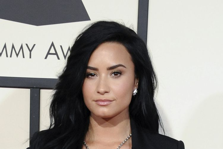 Photo of singer Demi Lovato who suffered from depression and bipolar disorder