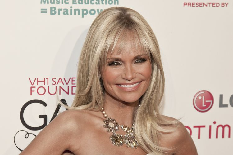 Photo of Kristin Chenoweth who suffers from asthma
