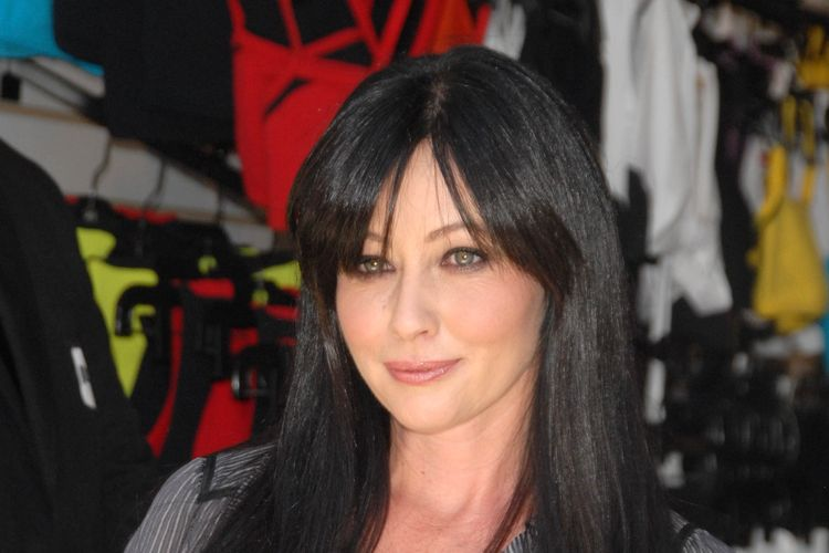 Photo of actress Shannen Doherty who suffered from Crohn's disease