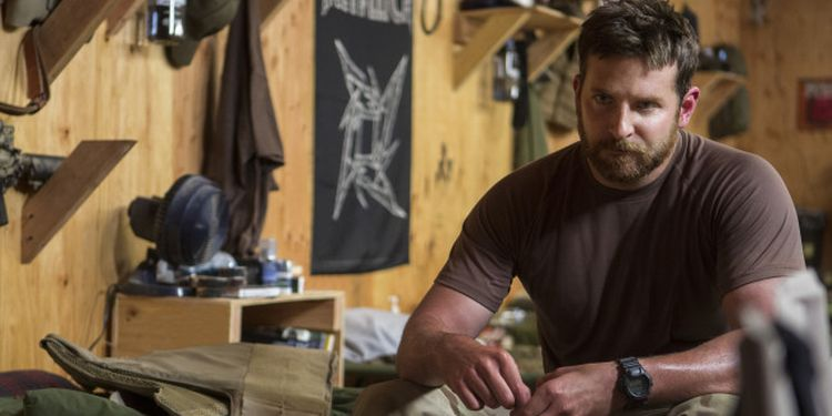 Photo of Bradley Cooper in American Sniper big and fit