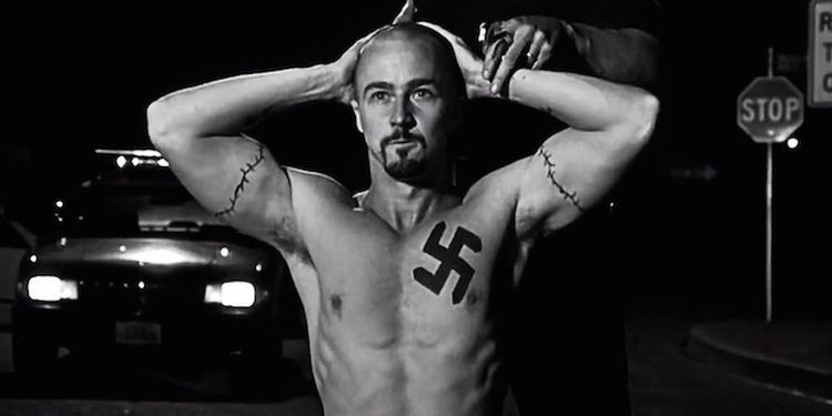 Photo of Edward Norton in American History X looking shredded