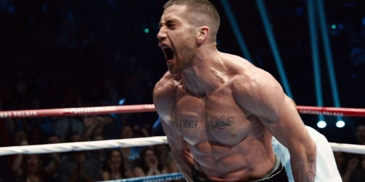 Photo of Jake Gyllenhaal in Southpaw movie looking ripped