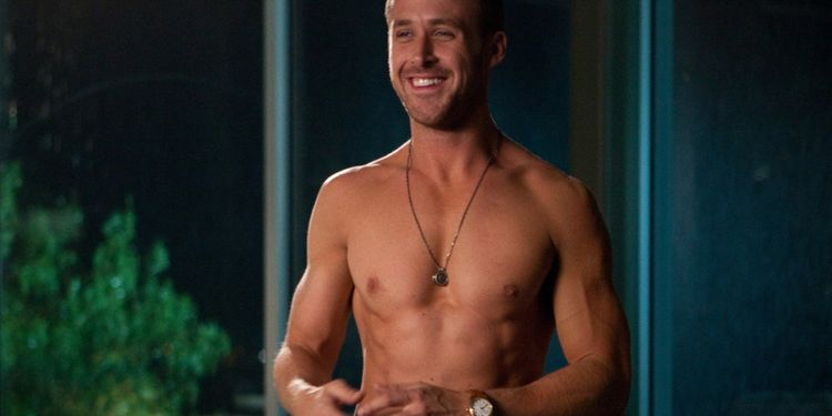 Photo of Ryan Gosling shirtless in Crazy Stupid Love looking ripped