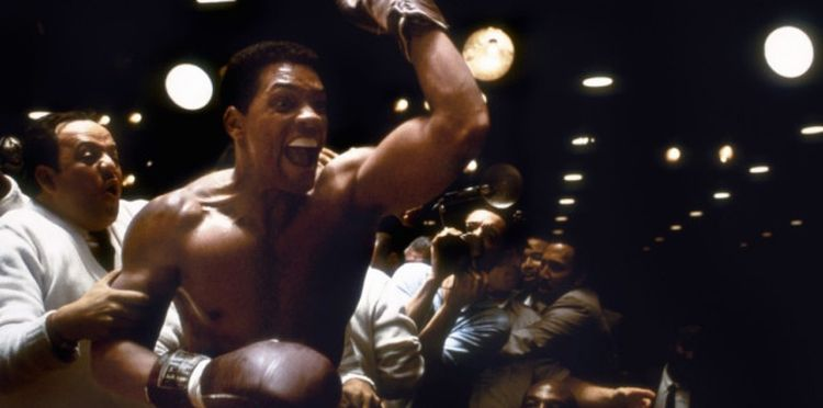 Photo of Will Smith in Ali looking shredded