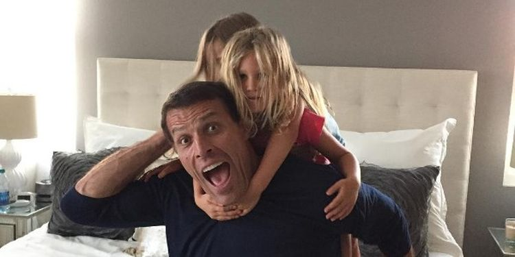 Wellness warrior Tony Robbins with his kids