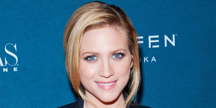 Photo close up of Brittany Snow who suffered from bulimia