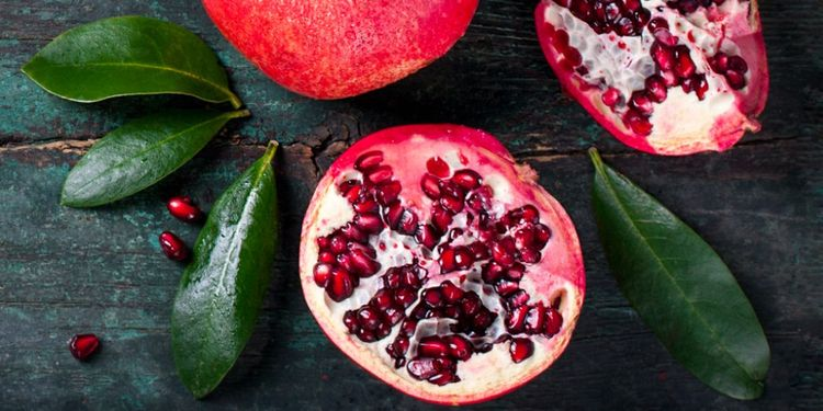 Image of POMEGRANATE, food that makes you more desirable