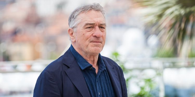 Image of Robert DeNiro, celebrity who beat cancer