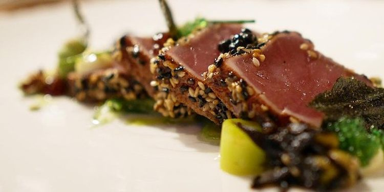 Image of tuna on the plate