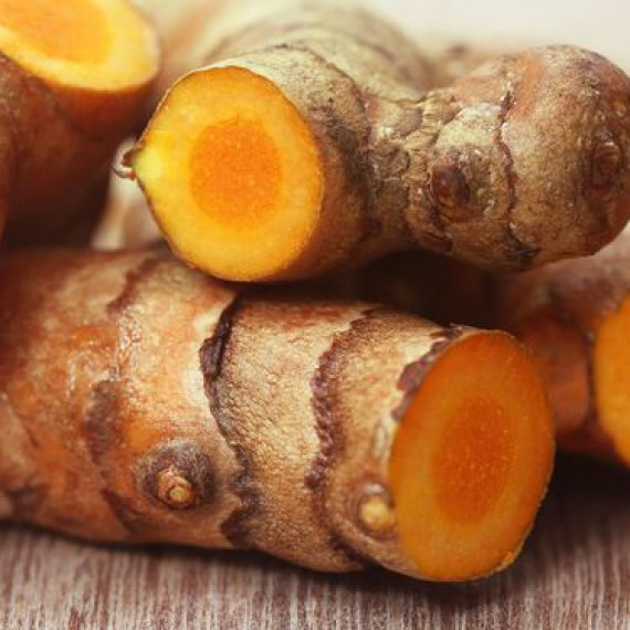 Turmeric Roots Sliced