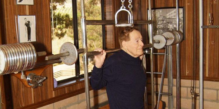 Image of Jack Lalanne one of the strongest seniors in the world