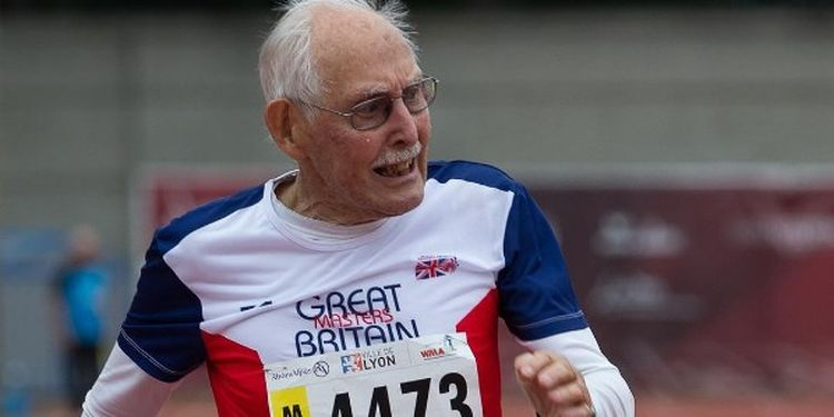 Image of Charles Eugster one of the strongest seniors in the world