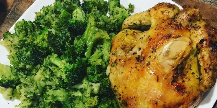 Image of chicken and broccoli