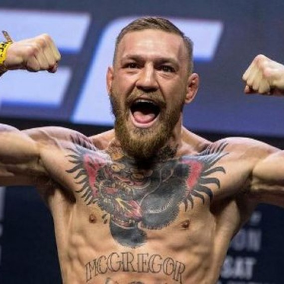16 Connor McGregor