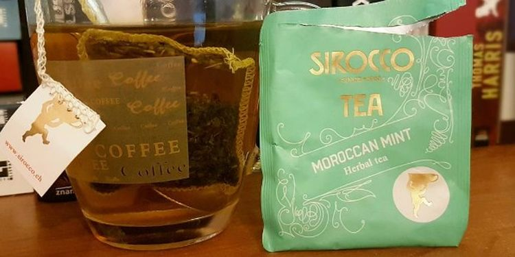 Image of a cup за sirocco tea