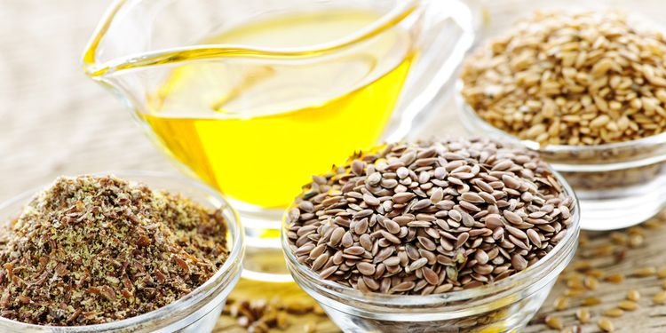Photo of flax seed and it's oil