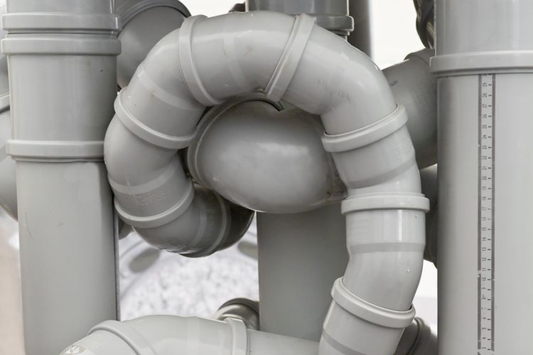 Photo of drain pipes in weird position