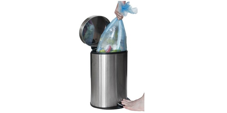 Photo of a trash bin