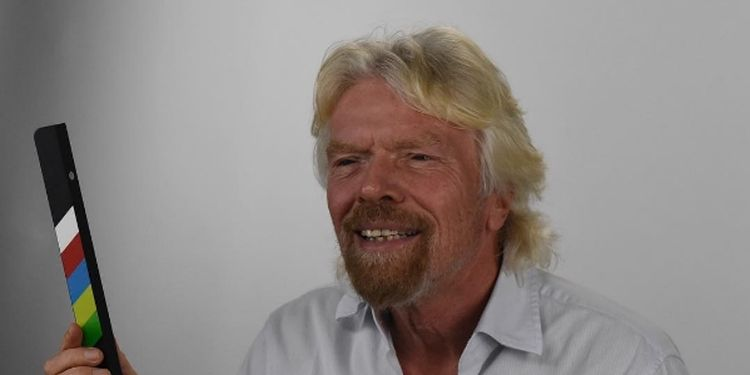 Image of Richard Branson, a millionaire who shares happiness tips